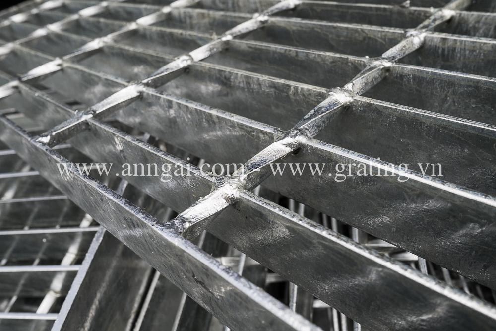 Cấu tạo cơ bản của tấm sàn grating phẳng
