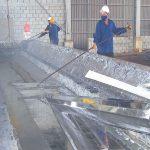 Quy trình sản xuất của thép mạ kẽm nhúng nóng được thực hiện có sự giám sát kỹ lưỡng từ các chuyên gia